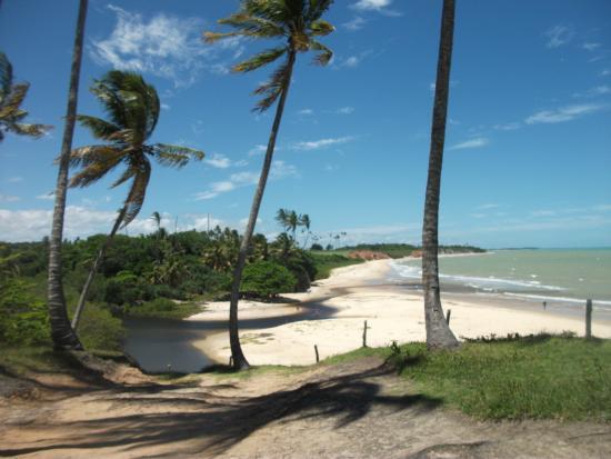 Praia de Imbassuaba em Prado