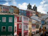 A capital baiana atrai turistas de todos os lugares do mundo
