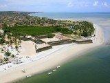 A Ilha de Itamaracá oferece praias de águas calmas e piscinas naturais