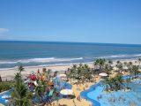 Aquiraz CE abriga o Beach Park, imensas dunas e praias desertas