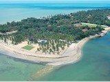 A praia de Maria Farinha é considerada uma das praias mais belas de Pernambuco