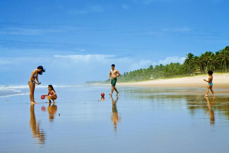 O litoral norte da Bahia é a Costa do All-Inclusive