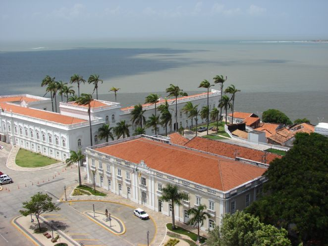 Passear por São Luís do Maranhão é transitar entre o passado histórico e o presente
