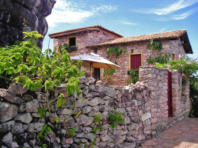 Vídeo sobre Igaratu, Poço Azul e Poço Encantado