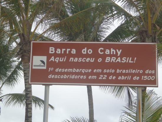 Barra do Cahy é primeira praia do Brasil