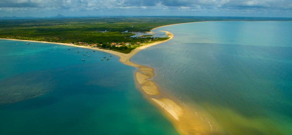 Corumbau fica no extremo sul da Bahia, entre Prado e Porto Seguro