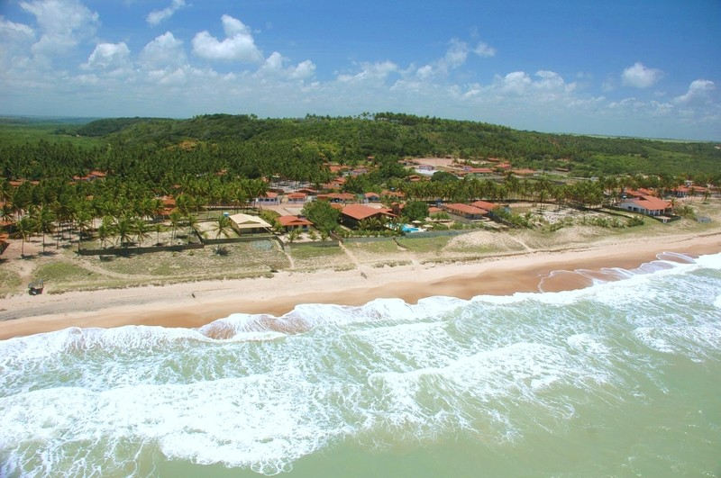 Barra de Camaratuba é uma das últimas praias selvagens do nordeste