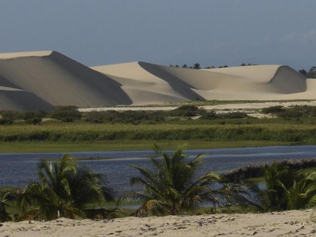 Caetanos de Cima é uma das praias mais belas do Ceará