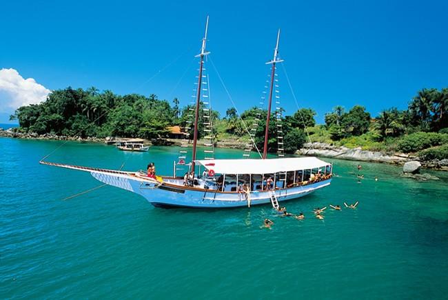 Turismo náutico por ilhas da costa é opção de passeio na Bahia