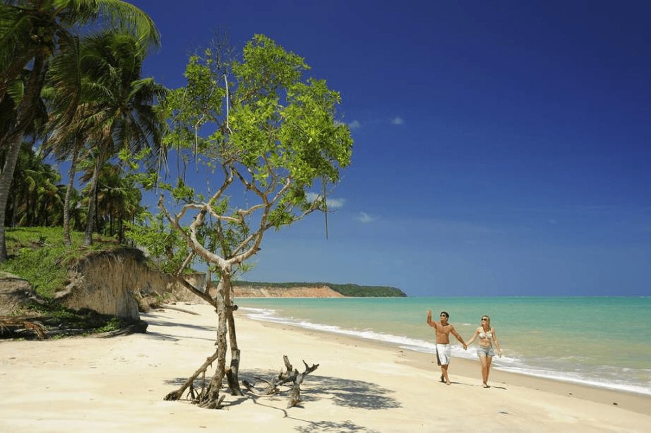 Praia de Carro Quebrado em Alagoas